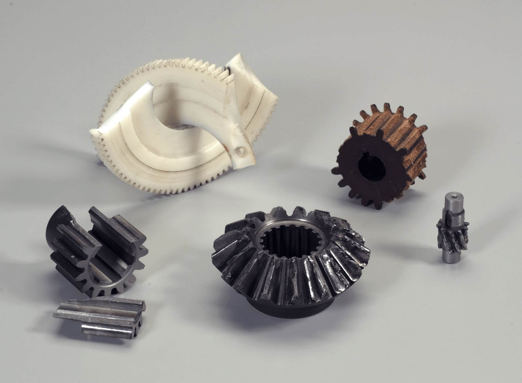 sample gears/ broken gears